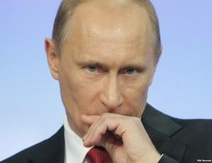 Президент РФ поддержал запрет на усыновление российских детей американцами