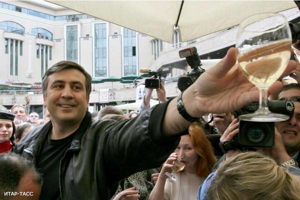 За что все любят Саакашвили?
